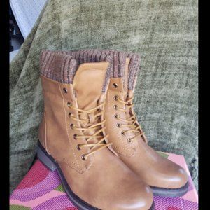 Via Pinky Brown Boots size 7